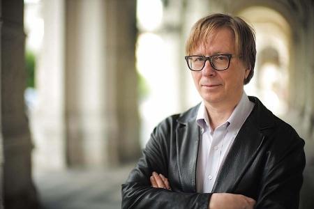 Portraitfoto des Komponisten Georg Friedrich Haas