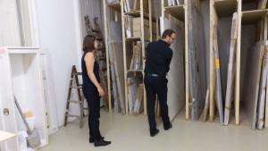 Im Nebenraum kann man ungestört Kunst genießen , Verkauf in Nebenräumen, curated by_2015, Krinzinger Projekte (c) European Cultural News